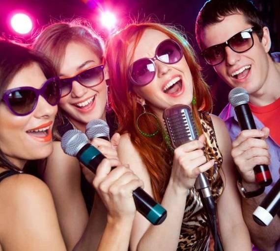 Karaoke party in Kansas City
